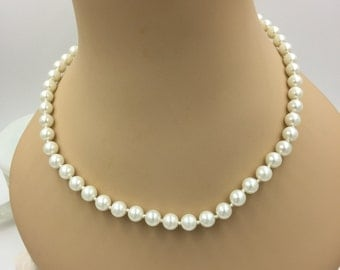 Faux Pearl Vintage String Necklace