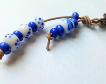 White & Blue Handmade Lampwork Keyring SRA
