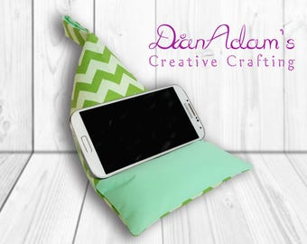 Mobile Phone Stand, Fabric Smartphone Pillow, Bean Bag Cushion, Green Zigzag Pattern