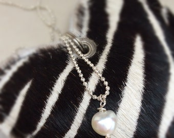 Silver Pearl necklace, pearl necklace, freshwater pearl necklace, heart shaped pearl, valentine necklace, valentine jewellery