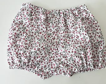 Baby bloomers, baby shorts, baby clothing, girls bloomers, girls shorts, floral bloomers, vintage style, nappy cover, diaper cover