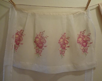 Apron Mid-Century Sheer White with Orchid Bouquets