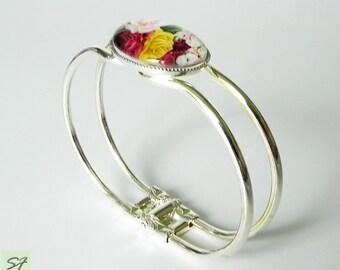 Cameo bracelet Cuff, Clamper Bracelet, Flower Roses bracelet, Cameo Bangle, Metal bracelet, Gift her