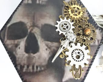 Steampunk box,skull box, bird skull, jewellery box,horror gift, steampunk gift, birthday gift, decoupage box,Goth wedding gift,goth gift,