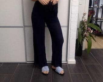 Dark bluse trousers