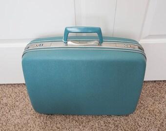 Ladies Blue 1960's Retro Vintage Samsonite Silhouette Vintage Hard Case Suitcase - Photography Props - Blue Travel Luggage Case