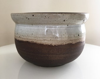 White and blackmountain bowl. Serving bowl. Kitchen. Tableware. Handmade.