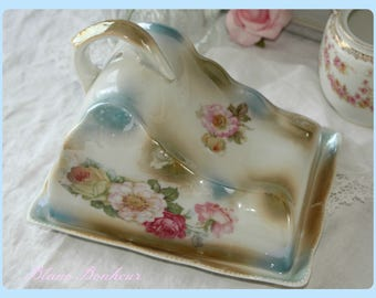 Germany: Cheese dish & lid, with gorgeous large flowers