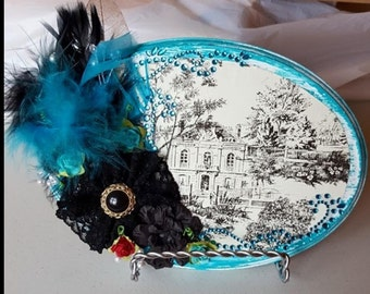 Beautiful Home with feathers and embellishments Wall Decor