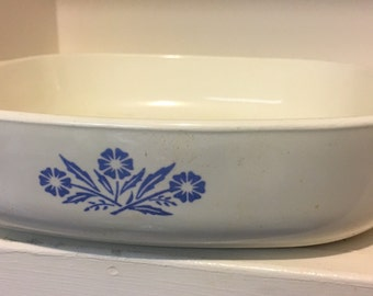 Vintage Corning Ware 9 inch A-15