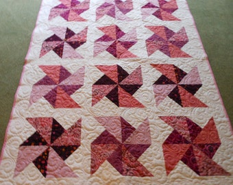 PINWHEELS in the PARK Quilted Throw