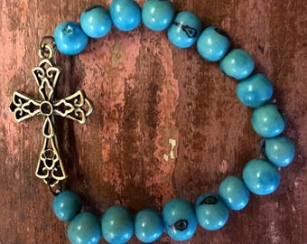 Turquoise bracelet with Charm Blue