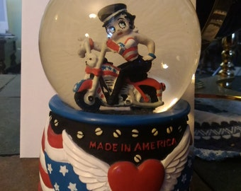 Betty Boop Motorcycle Musical Snow Globe