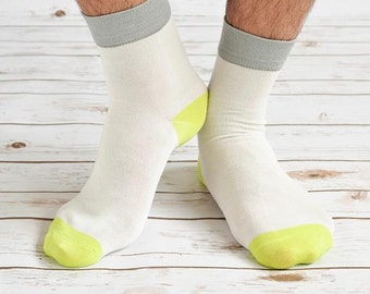 Model Ale Bamboo Socks