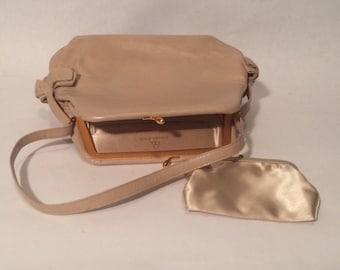 Really Cute, Retro, Vintage bienen-davis, bd, Handbag with Change Purse, Side Bows, Tan/Beige Leather