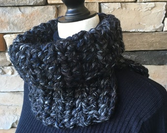 Black Cowl, Mens Scarf, Crochet Neck Warmer, Chunky Cowl Neck, Gray Scarf