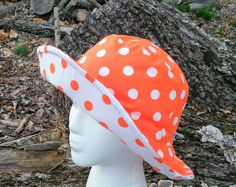 Women's Sun Hat  University of Tennessee reversible bucket hat orange and white polka dot beach hat