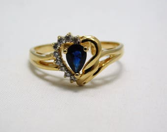 14K Yellow Gold Sapphire And Diamond  Heart Shaped Ring