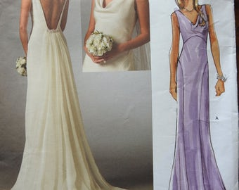 Vogue V2965 Women' Elegant Bride And Bridesmaids Wedding Gowns Sewing Pattern