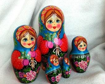 6 in (15 cm) set of 5 pieces, wooden nesting doll, matryoshka, souvenir