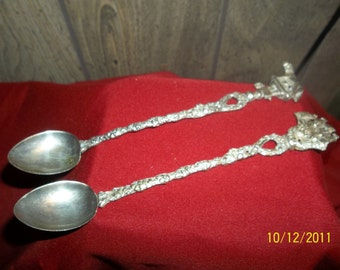 vintage spoons set of 2 (Italy)