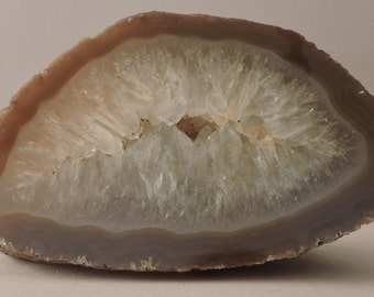 Polished agate with quartz from Germany