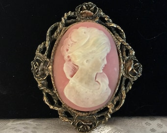 Vintage Brooche - Ivory Like Lady on Pink