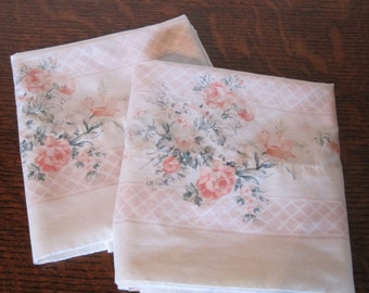 Pillow Cases, Standard Pillow Cases, Pair of Flowered Pillow Cases, Vintage Pillow Cases