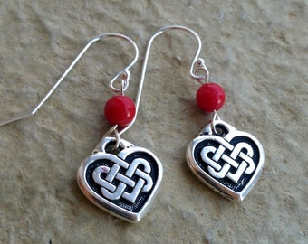 Celtic Knot heart earrings with red coral beads / Small Silver heart earrings / Small Irish heart earrings with red beads