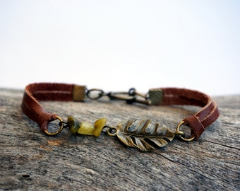 Boho Fern Leaf Leather Bracelet - Woodsy Nature Jewelry - Thin Leather Bracelet for Her - Brown Leather Bracelet - Fern Jewelry - Fern Charm