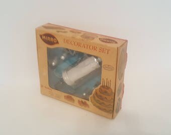 1960s Vintage Mirro Cake Decorator Set in Original Box