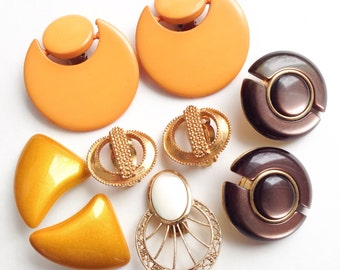 Retro earrings, Vintage earrings, Color gold earrings, Round earrings, Big plastic earrings