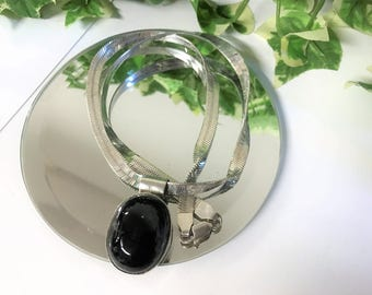 A Beautiful Vintage Sterling Silver & black Onyx Pendant with Sterling Silver Thick Chain