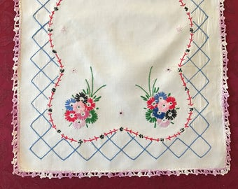 LinenVintage Table Runner Embroidered Crocheted Edge, Vintage Embroidered Dresser Scarf, White Linen Embroidered Side Board Scarf