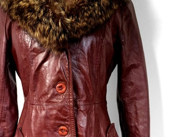 Vintage 1970's, Burgundy, Tailored Fit, Leather, Fur Collar, Lined, Midi-Length, Jacket, Coat