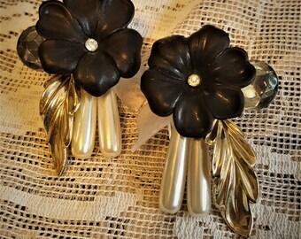 Love these 1970's earrings Flowers Pearls, rhinestones too