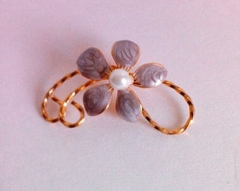 Gold Toned Purple Floral Brooch