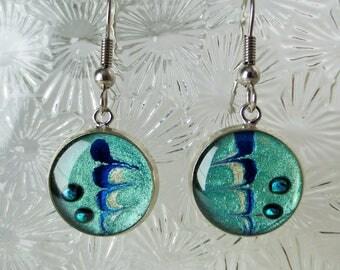 Earrings blue (paint, resin)