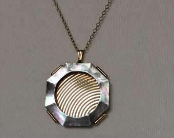"""Mandle Octogonal Pendant Necklace 18"""" Chain"""