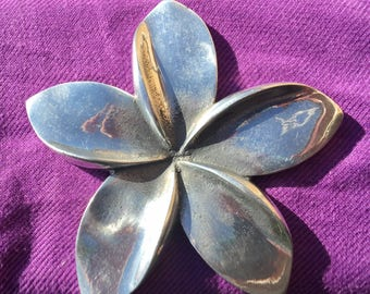 Shiny Frangipani wall hanging/Paper Weights