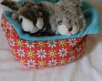 Flower Cuddle Cup for Guinea Pig, Hedgehog, Chinchilla or other small pets