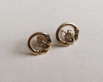 9k gold Irish claddagh earrings vintage # 320