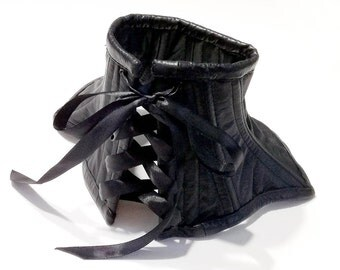 Black leather victorian neck corset. Dominatrix neckcorset. Fetish wear. BDSM collar. Submissive collar. Gothic neck corset. Gothic choker.