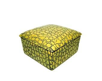 TOZAI Fine Ceramic Textured Yellow & Black Jewelry/Trinket Box