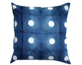 Peek - Cushion Cover