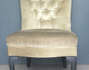Button Back Velour Boudoir / Dressing Room Chair