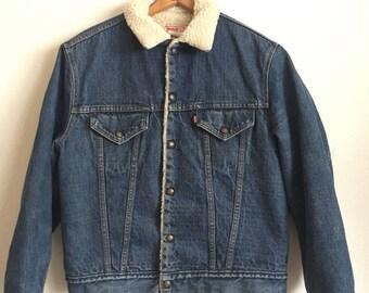 1980s LEVIS SHERPA LINED Vintage Denim Jacket // Size Large