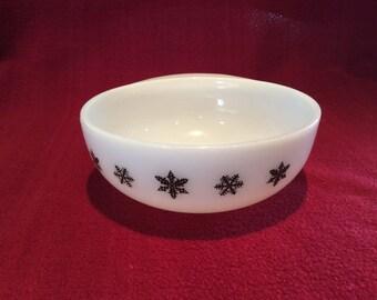 Pyrex JAJ Gaiety Black Snowflake Jockey Cap Bowl 1960's