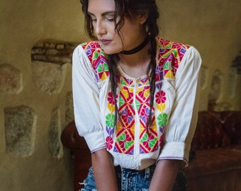 Mía Hand Embroidered Blouse
