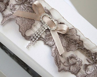 gray lace wedding garter in an exquisite box, gray bridal garter, gray lace garter, gray wedding lingerie, gray wedding garter, gray garter